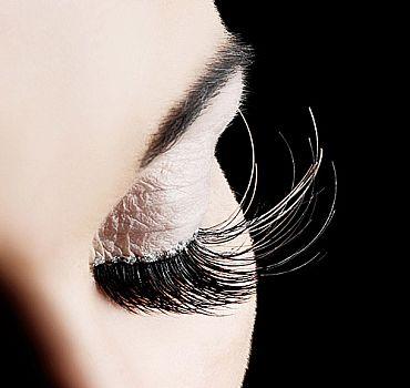 Beispiel einer außergewöhnlichen Eyelash-Extension