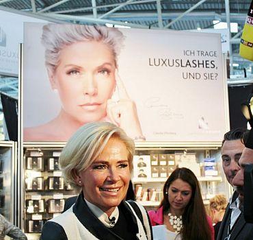 LUXUSLASHES®, Claudia Effenberg, Wimpernverlängerung