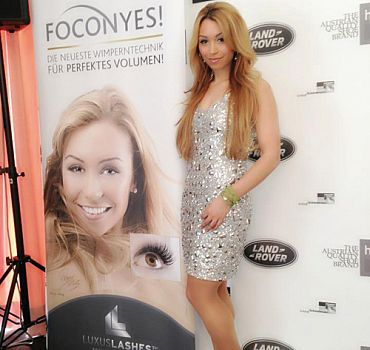 LUXUSLASHES® Fashion Award mit Ronja Hilbig