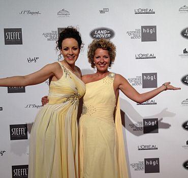 LUXUSLASHES® Fashion Award, Jasmin Wagner und Regina Foltynek