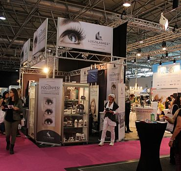 LUXUSLASHES® Messestand